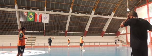 Treino Suzano Futsal - Copa Federação (Foto: Thiago Fidelix / Globoesporte.com)