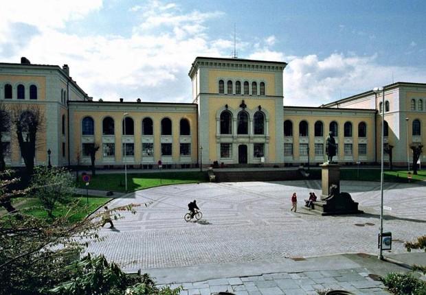 Universidade de Bergen, na Noruega (Foto: Reprodução/Facebook)