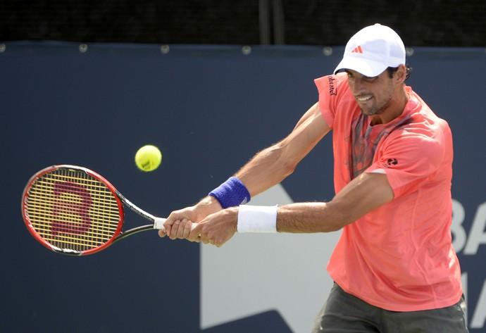 Thomaz Bellucci vence Pablo Cuevas no Masters 1000 de Montreal (Foto: Reuters)