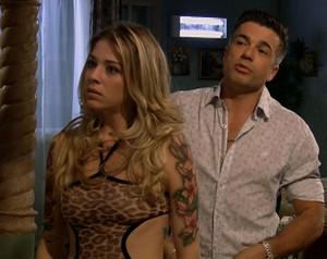 Samir e Odete encontram Ruço na madrugada (Foto: Pé na Cova / TV Globo)