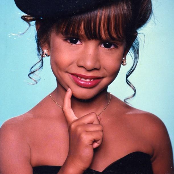 EGO - Moreninha aos 7 anos: Ex-BBB Adriana mostra foto do ... Bar Refaeli Instagram
