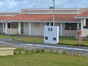 Condomínio tem 40 casas exclusivas para idosos (Foto: Krystine Carneiro/G1)