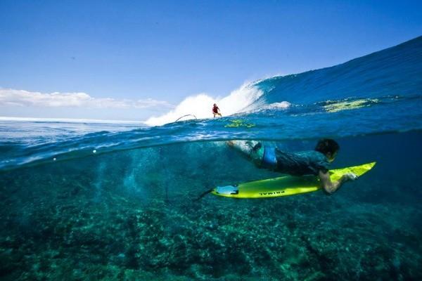 Irmãos gaúchos percorreram 25 países em busca de boas ondas (Foto: Arquivo Pessoal)