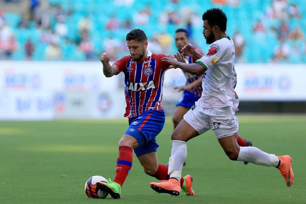 Zé Rafael em ação na partida contra o Flu de Feira (Foto: Felipe Oliveira/Divulgação/EC Bahia)