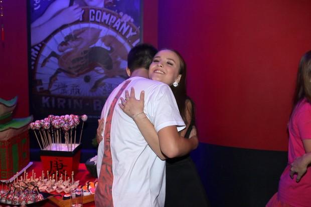 34c59c25adc5b Larissa Manoela com o namorado, João Guilherme (Foto  Thiago Duran   AgNews)