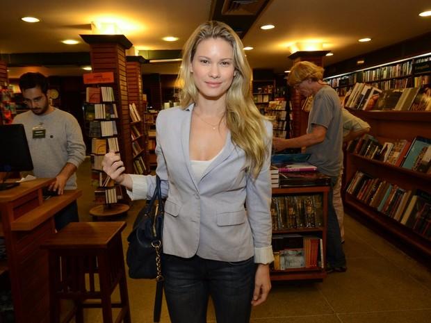 Karen Junqueira em lançamento de livro no Rio (Foto: Léo Marinho/ Ag. News)