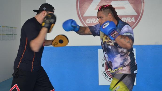 Thiago Big Monster está focado e confiante em enfrentar qualquer adversário (Foto: Herianne Cantanhede)