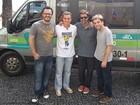 Huck 'vai de van' com Bruno Mazzeo, Danton Mello e Gregório Duvivier