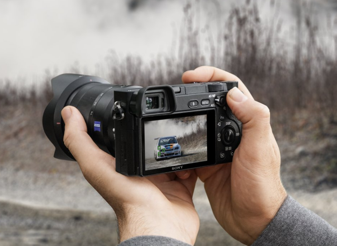 O numero de cliques é importante para analisar a média de vida útil da câmera (Foto: Divulgação/Sony)