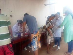 Internos fizeram testes para detectar HIV, sífilis e Hepatite C (Foto: Érica Favacho/G1)