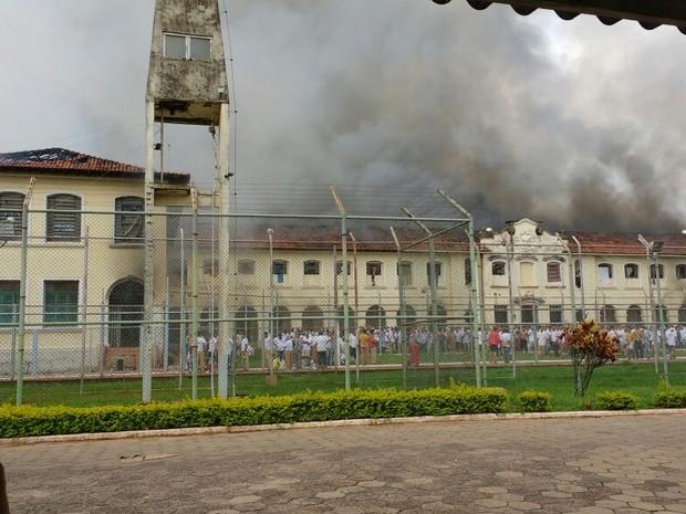 Detentos se rebelaram em Bauru (Foto: Arquivo Pessoal)