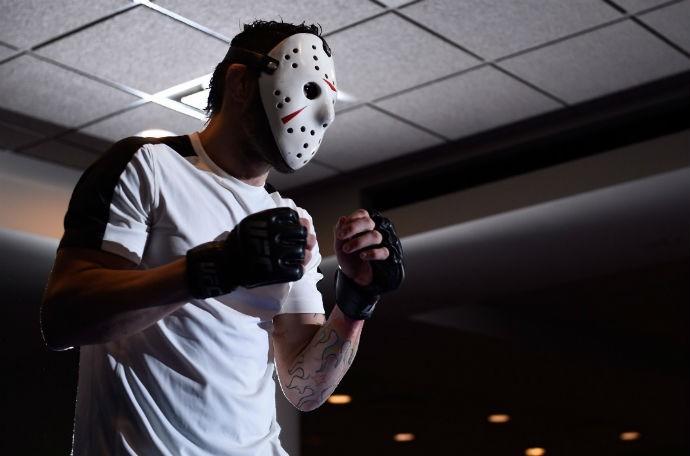BLOG: Rony Jason realiza treino aberto de máscara. Confira as fotos do evento