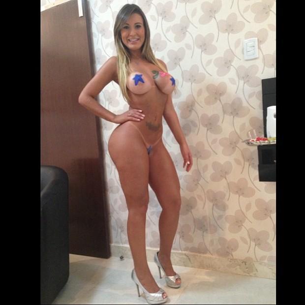Andressa Urach Faz Show Seminua N O Tenho Vergonha Do Meu Corpo