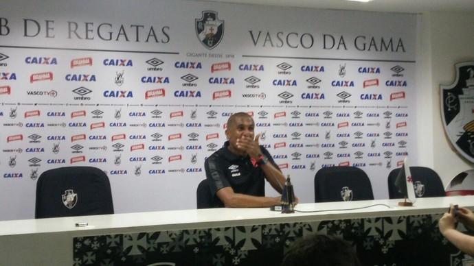 Cristóvão Borges na coletiva desta quarta-feira (Foto: Felipe Siqueira)