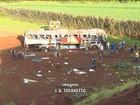 """""""Ônibus vinha muito rápido"""", diz sobrevivente de acidente no Paraná"""