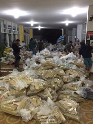 14,1 toneladas foram encontradas escondidas em carga de soja. (Foto: Polícia Civil/Divulgação)