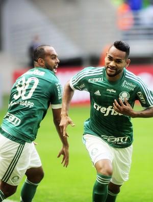 Jackson comemora gol do Palmeiras