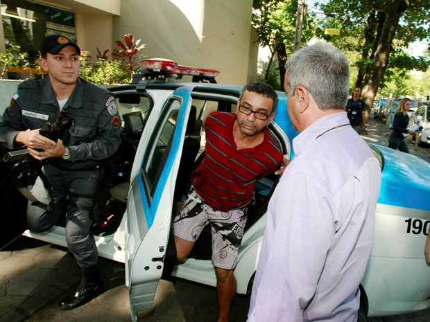 Suspeito foi identificado quando andava pela Lagoa (Foto: Fabiano Rocha / Agência O Globo)