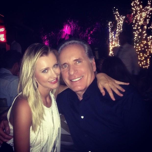 Roberto Justus e a namorada, Ana Paula Siebert, em Miami, nos Estados Unidos (Foto: Instagram/ Reprodução)
