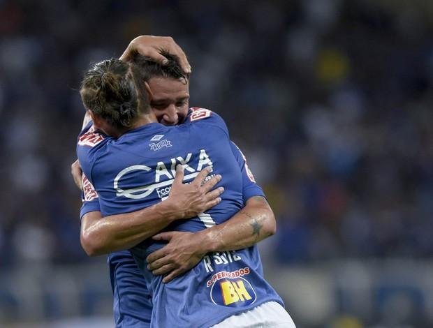 Rafael Sobis; Thiago Neves; Cruzeiro
