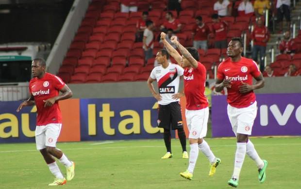 Aránguiz foi o autor do único gol do jogo (Foto: Diego Guichard/GloboEsporte.com)