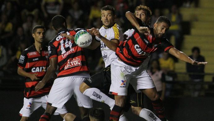 Criciúma x Atlético-GO (Foto: Caio Marcelo/Criciúma EC)