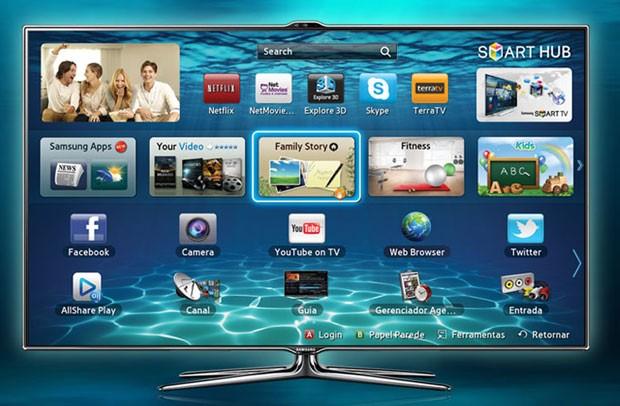 TV da Samsung lançada no Brasil nesta sexta-feira (18) responde a comandos de voz e reconhece gestos e face do usuário (Foto: Divulgação)