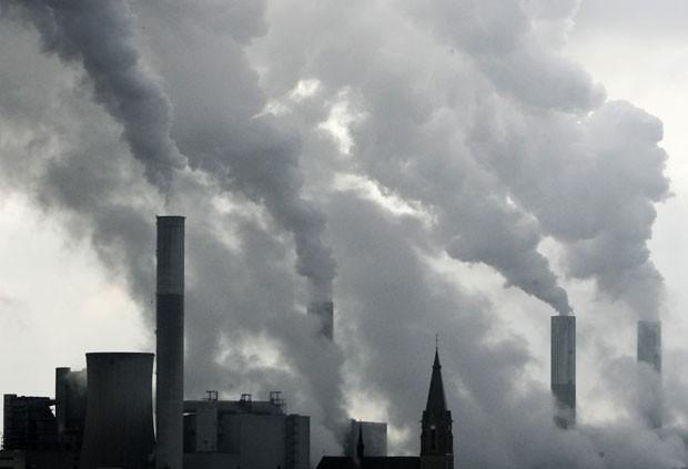 Relatório traz opções para limitar as emissões dos gases de efeito estufa (Foto: Frank Augstein/AP)
