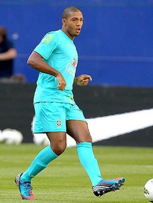 Juan no treino da Seleção  (Foto: Rafael Ribeiro / CBF)
