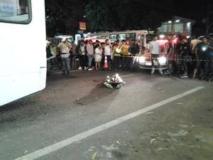 Jovem morreu na hora (Foto: Patrícia Leal/TV Amapá)