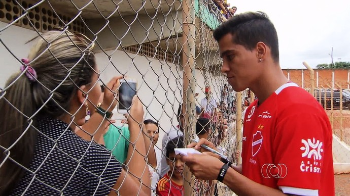 Wendell Lira, atacante do Vila Nova (Foto: Reprodução/TV Anhanguera)