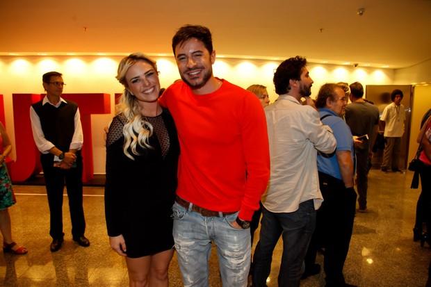 Ricardo Tozzi e Nathalia Rodrigues (Foto: Marcos Ribas/Brazil News)