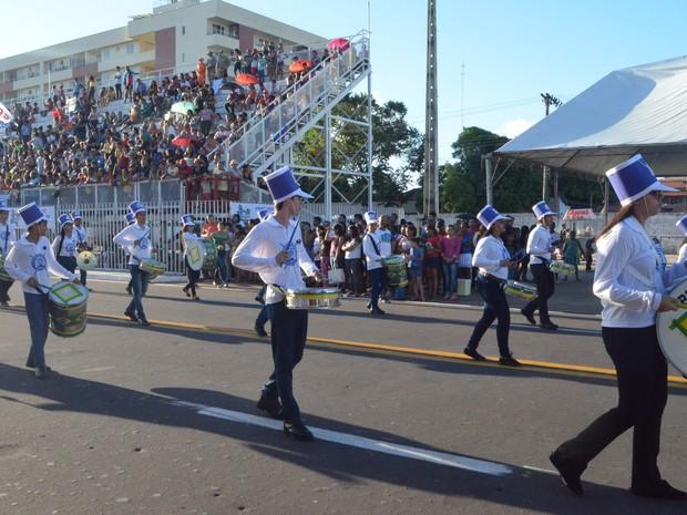 Desfile Cívico de 13 de setembro celebra a criação do ex-Território Federal do Amapá (Foto: Jéssica Alves/ G1)