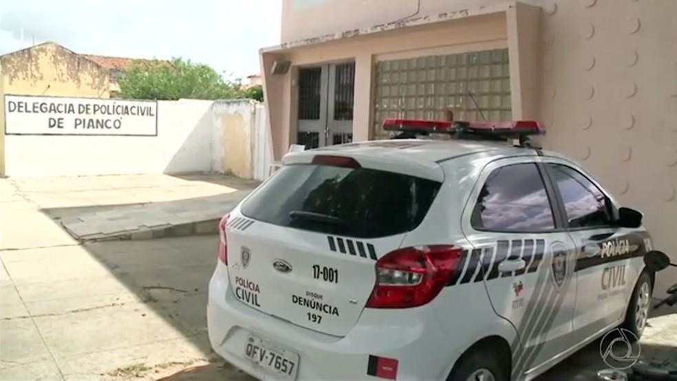 Caso de agressão foi registrado pela vítima na delegacia de Piancó, no Sertão paraibano (Foto: Reprodução/TV Paraíba)