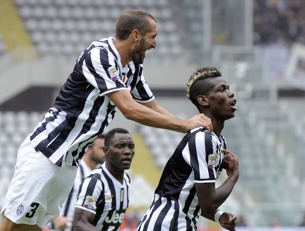 Pogba vibra com o gol do Juventus (Foto: Reuters)