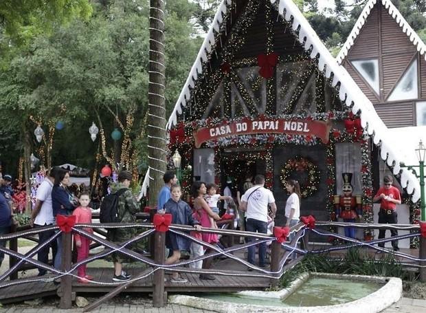 Venha se divertir no Som de Natal da RPC, na Casa do Papai Noel,  em São José dos Pinhais  (Foto: Luiz Renato Corrêa/ RPC )