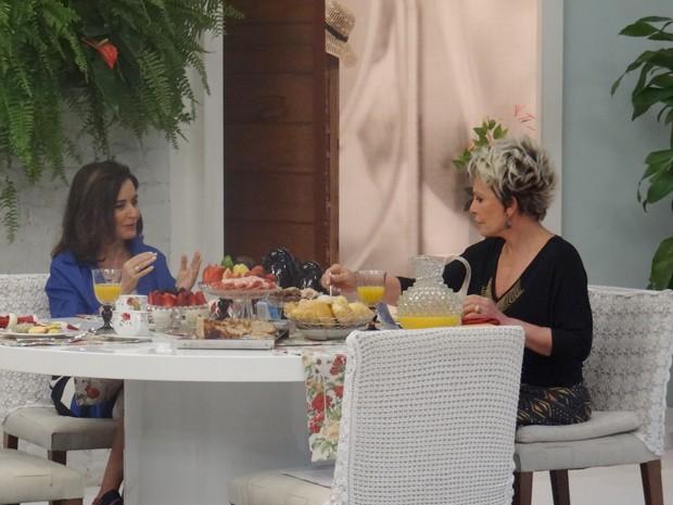 Glória Kalil ensina: repita roupas e sapatos na hora de viajar (Foto: Mais Você/ TV Globo)