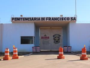 Bruno foi transferido para a Penitenciária de Francisco Sá na tarde desta sexta-feira (20). (Foto: Valdivan Veloso/G1)