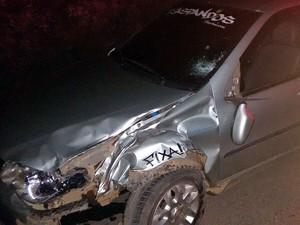 Homem inabilitado morre após colisão de moto e carro em Alfredo Vasconcelos (Foto: Polícia Militar/Divulgação)