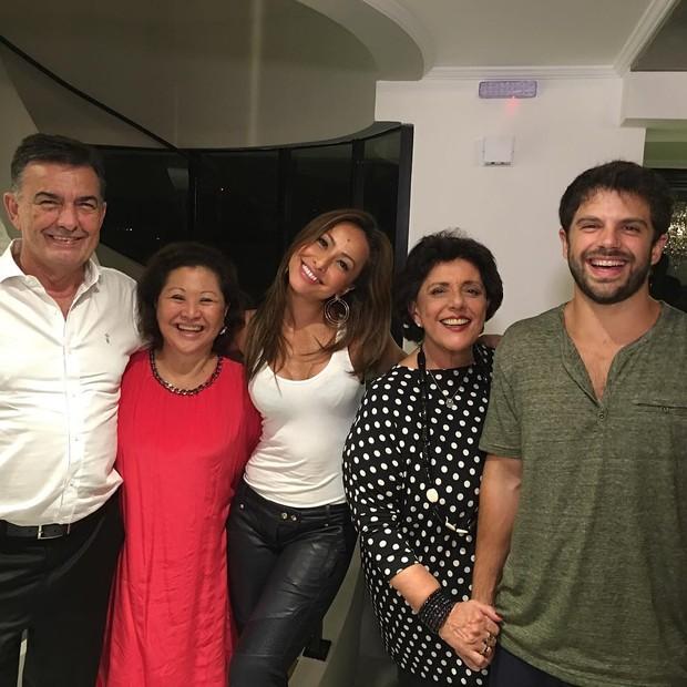 Famílias de Duda Nagle e Sabrina Sato se encontram (Foto: Reprodução / Instagram)