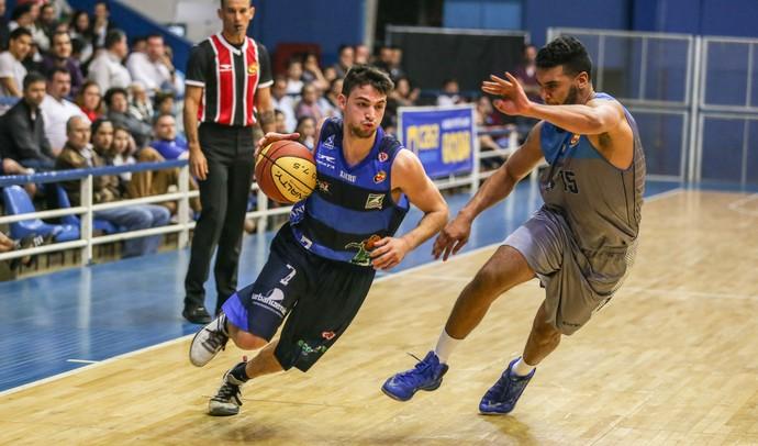 Rio Claro x Bauru Stefano (Foto: Caio Casagrande / Bauru Basket)