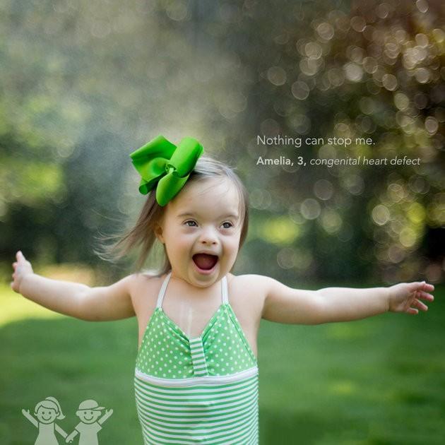 """""""Nada pode me parar"""", Amelia, 3 anos, defeito cardíaco congênito (Foto: KATE T. PARKER/CHOA)"""