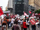 BH - 11h50: Servidores municipais fazem passeata na região central
