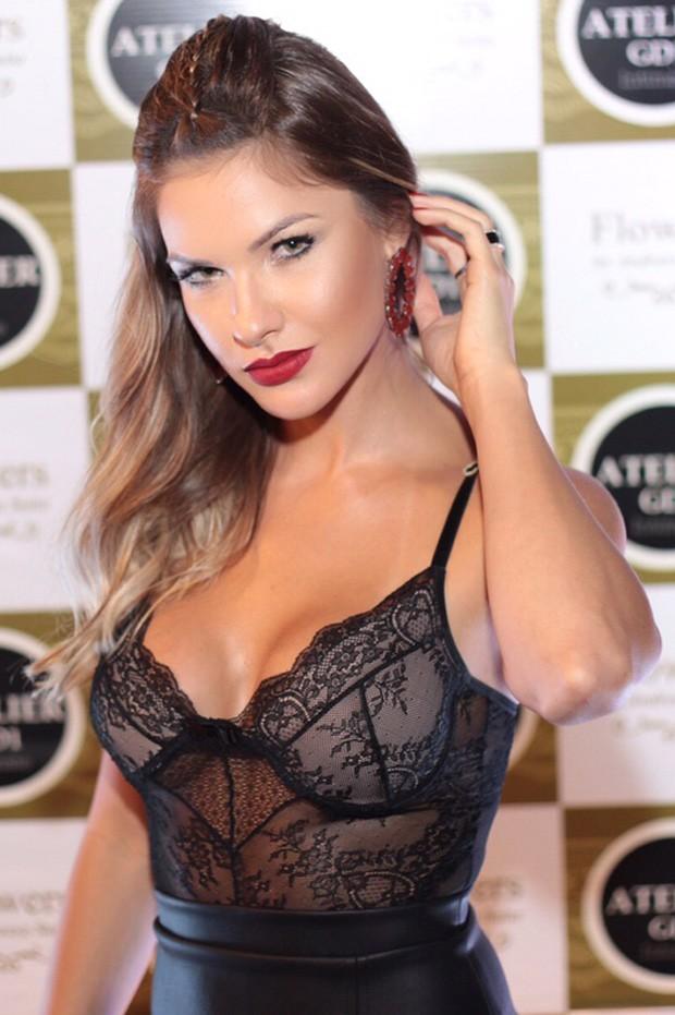 Andressa Suita (Foto: Marcos Dourado)