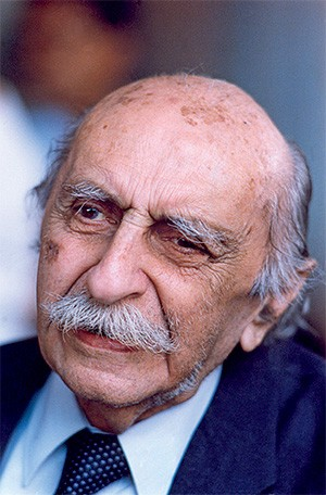 MEMÓRIA O arquiteto Lúcio Costa. Ele protegeu apenas dois estilos: o colonial e o modernista  (Foto: Epitácio Pessoa/Estadão Conteúdo )