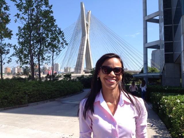 Camilla durante viagem para treinamento na Globo São Paulo (Foto: Arquivo Pessoal)