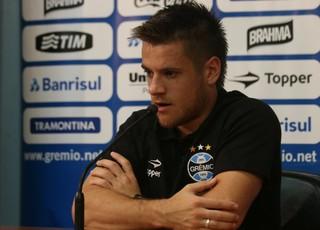 Ramiro Grêmio entrevista coletiva (Foto: Eduardo Deconto/GloboEsporte.com)