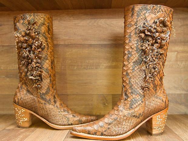e71cb01e2d0 G1 - Festa de Barretos tem bota cravejada em diamantes que custa R ...