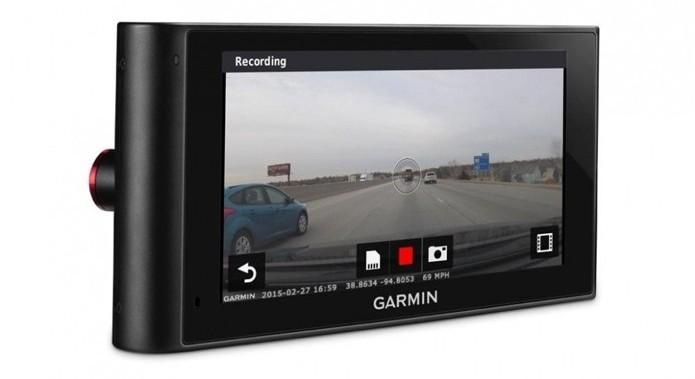 GPS inteligente monitora ações do motorista (Foto: Divulgação/Garmin) (Foto: GPS inteligente monitora ações do motorista (Foto: Divulgação/Garmin))