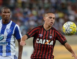 Marcos Guilherme Atlético-PR Dom Bosco (Foto: Site oficial do Atlético-PR/Gustavo Oliveira)